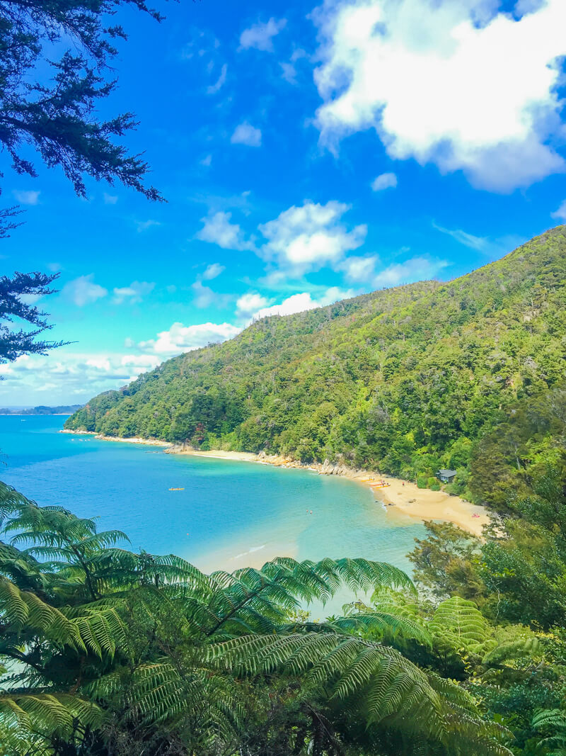 The beautiful Abel Tasman National Park is one of the must see places in New Zealand