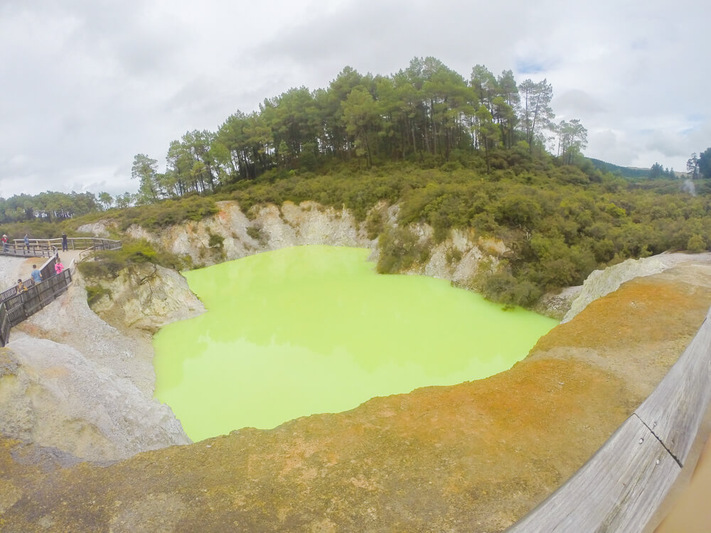 Devil's bath in Rotorua - one of the must see places in New Zealand