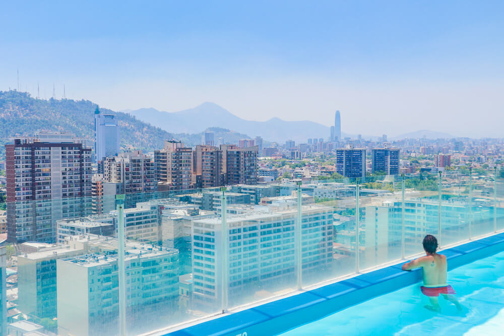 Rooftop pool in Santiago. Find out how to stay in similar properties with this beginner's guide to Airbnb.