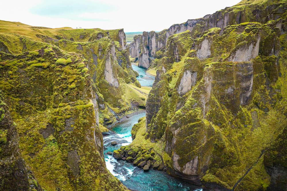 The mighty Fjaðrárgljúfur canyon, a must see South Iceland sight