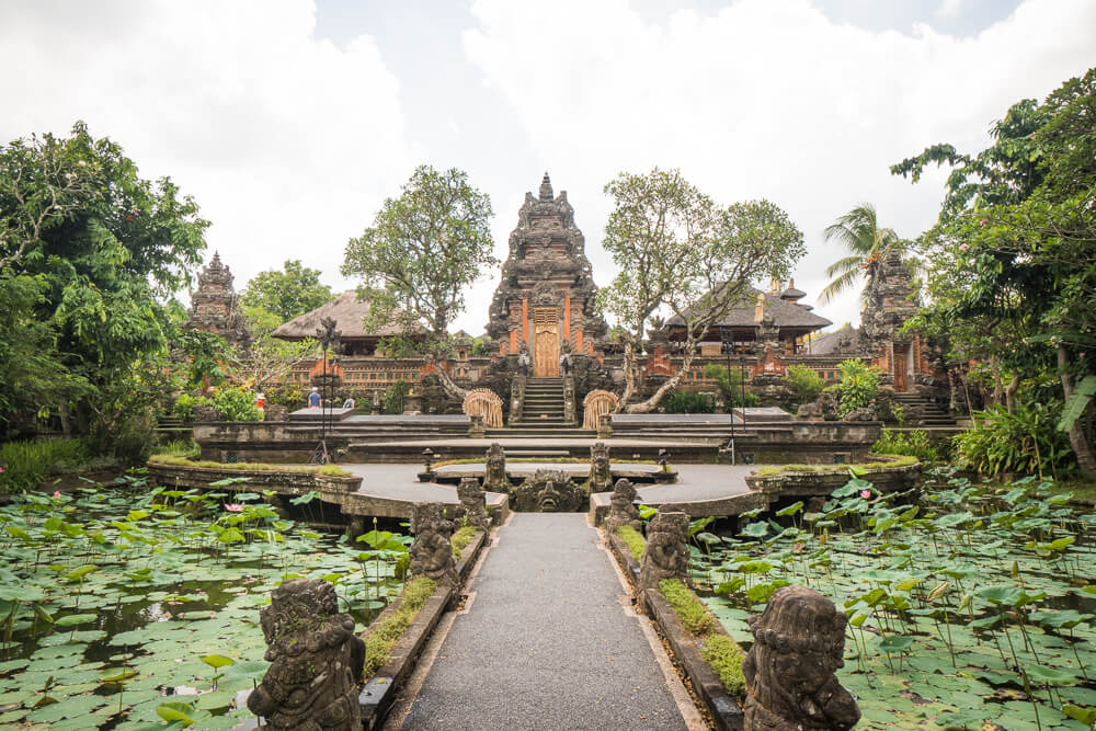 Pura Taman Saraswati temple - Tips for travelling to Bali