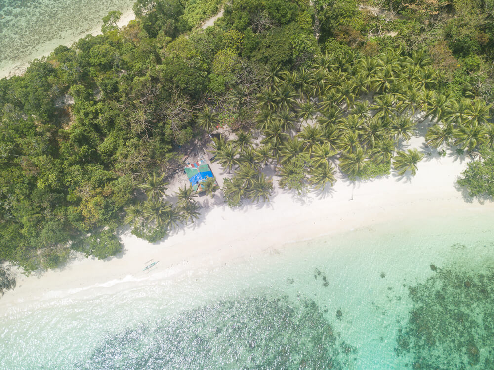 Exotic Island, Port Barton travel guide