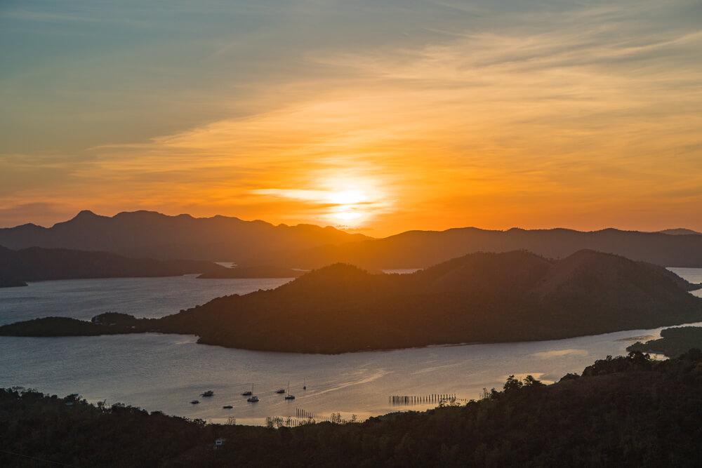 Sunset at Mount Tapyas, Coron Island travel guide