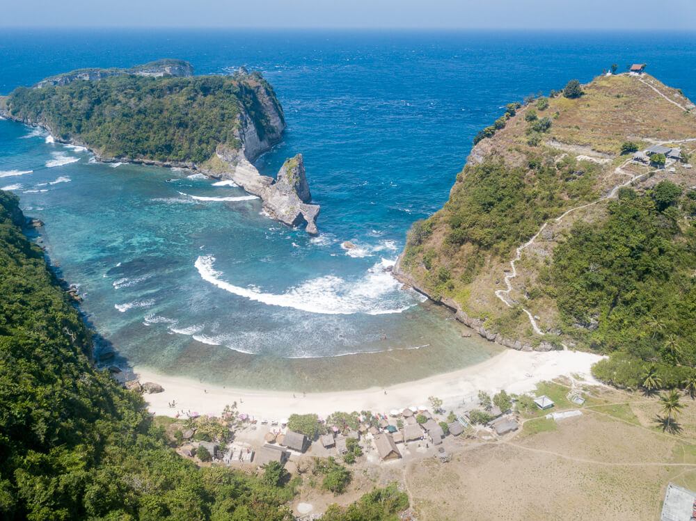 Atuh beach - Nusa Penida travel guide