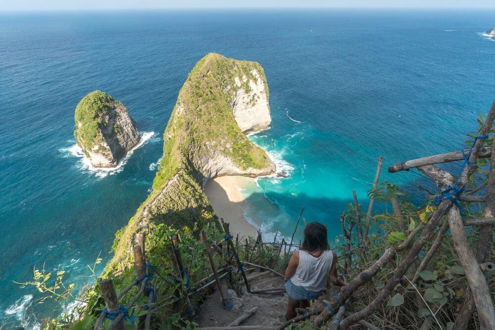 Kelingking beach in Nusa Penida - 2 week Bali itinerary