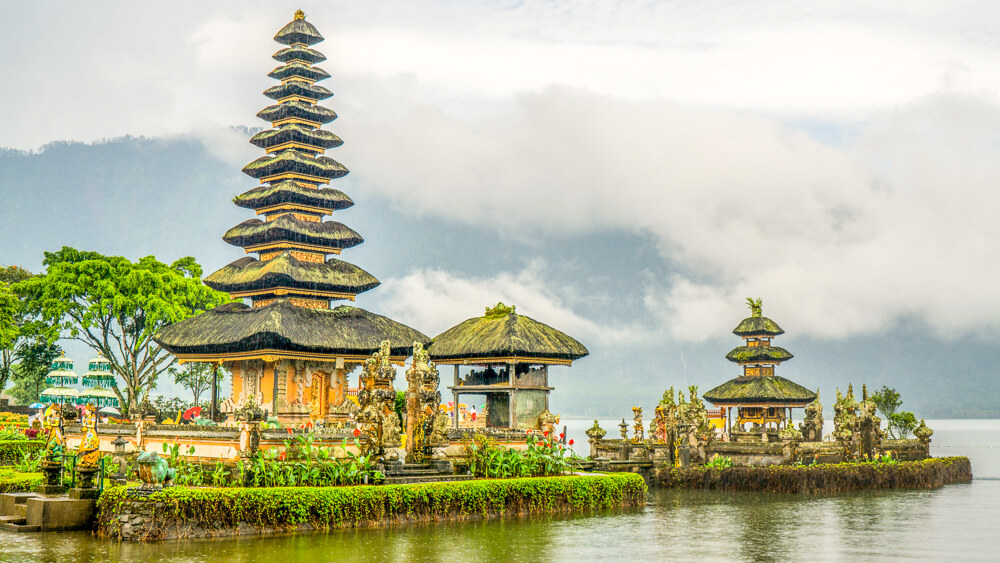 Pura Ulun Danu Bratan Temple - things to do in Munduk