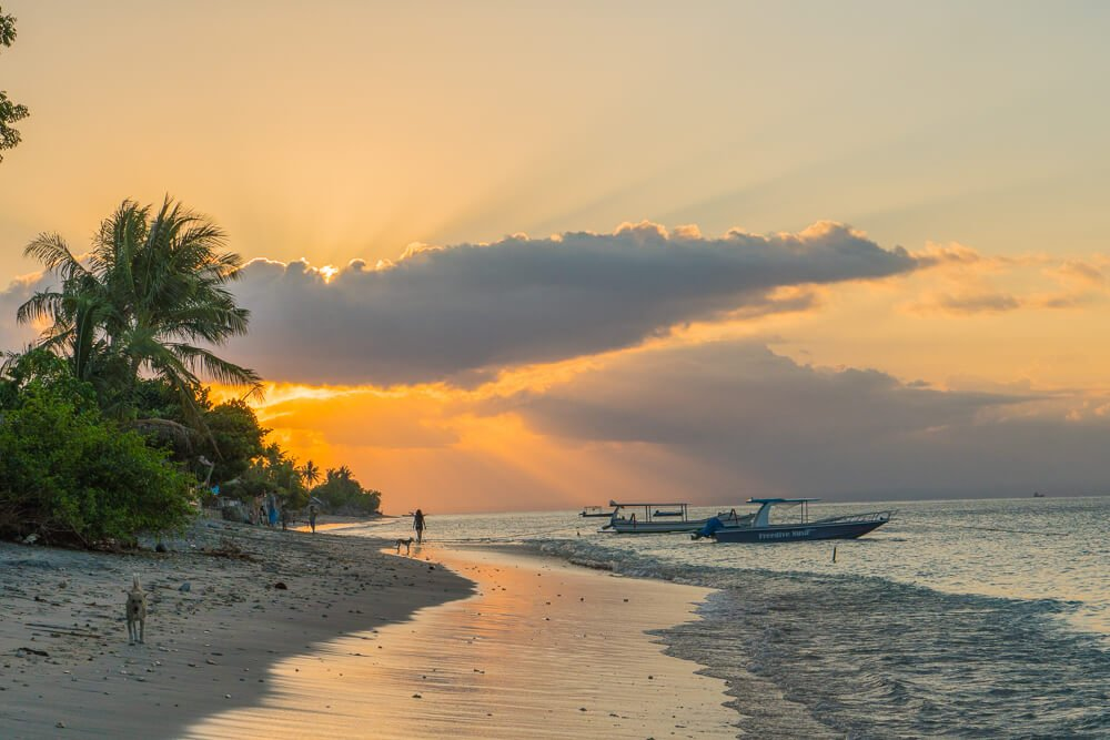 Sunset at Ped village beach - travel guide to Nusa Penida, Bali
