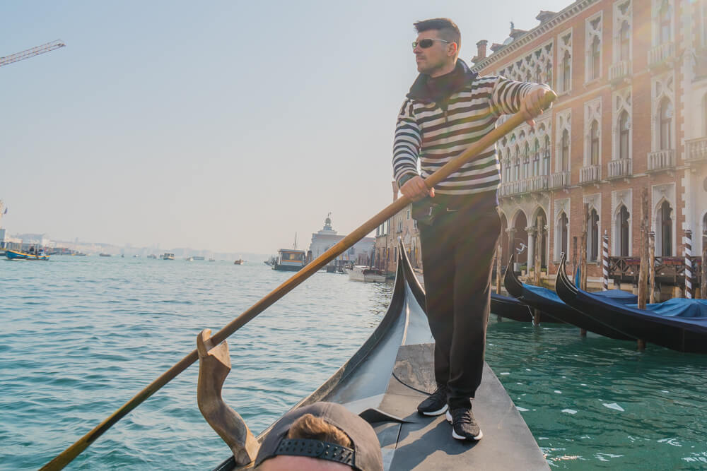 Traghetto - the cheapest gondola in Venice