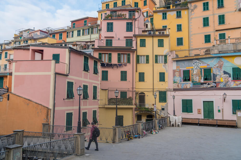 Colourful houses in Riomaggiore, Cinque Terre National Park, Italy