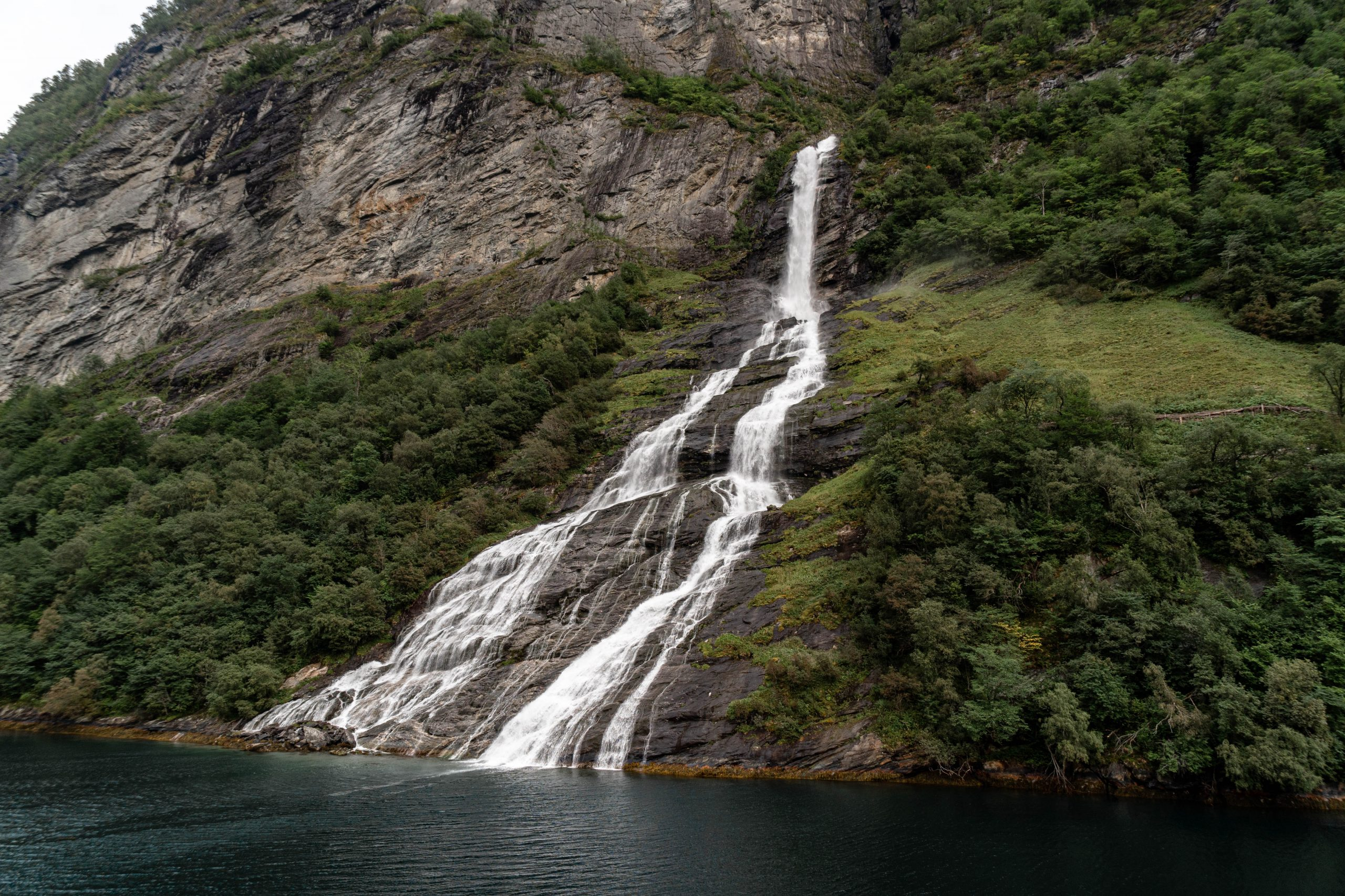 The Suitor, waterfall in Geirangerfjord - a highlight of this 1 week Norway itinerary
